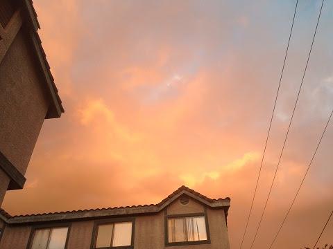 雙道彩虹淡去,天空隱約可見兩條金龍在橘色的霞光中-10